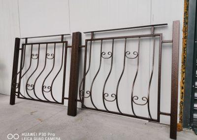 Прахово боядисване на огради в цвят Стара Мед